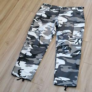 Men's Camo pants 39x43